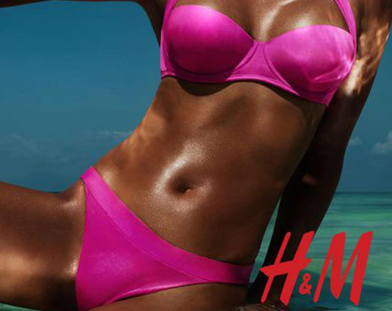 H&M aime les filles bronzées… et alors?!