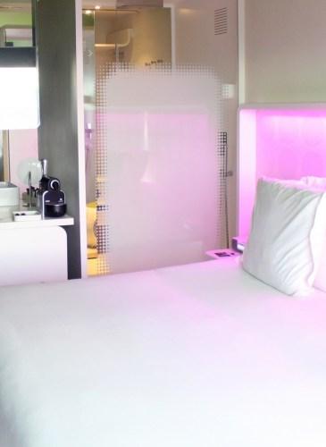 barcelo-raval-hotel-room (2) [1600x1200]