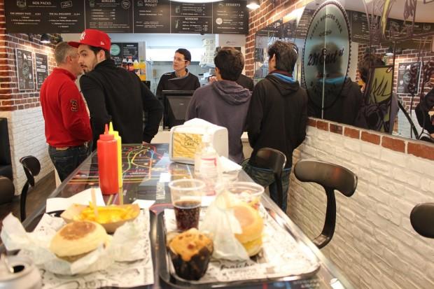 east-231-street_restaurant (12)