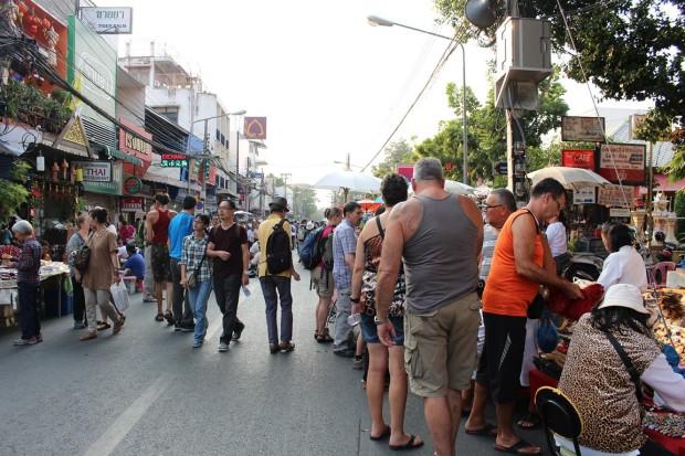 Sunday-Walking-Street (7)