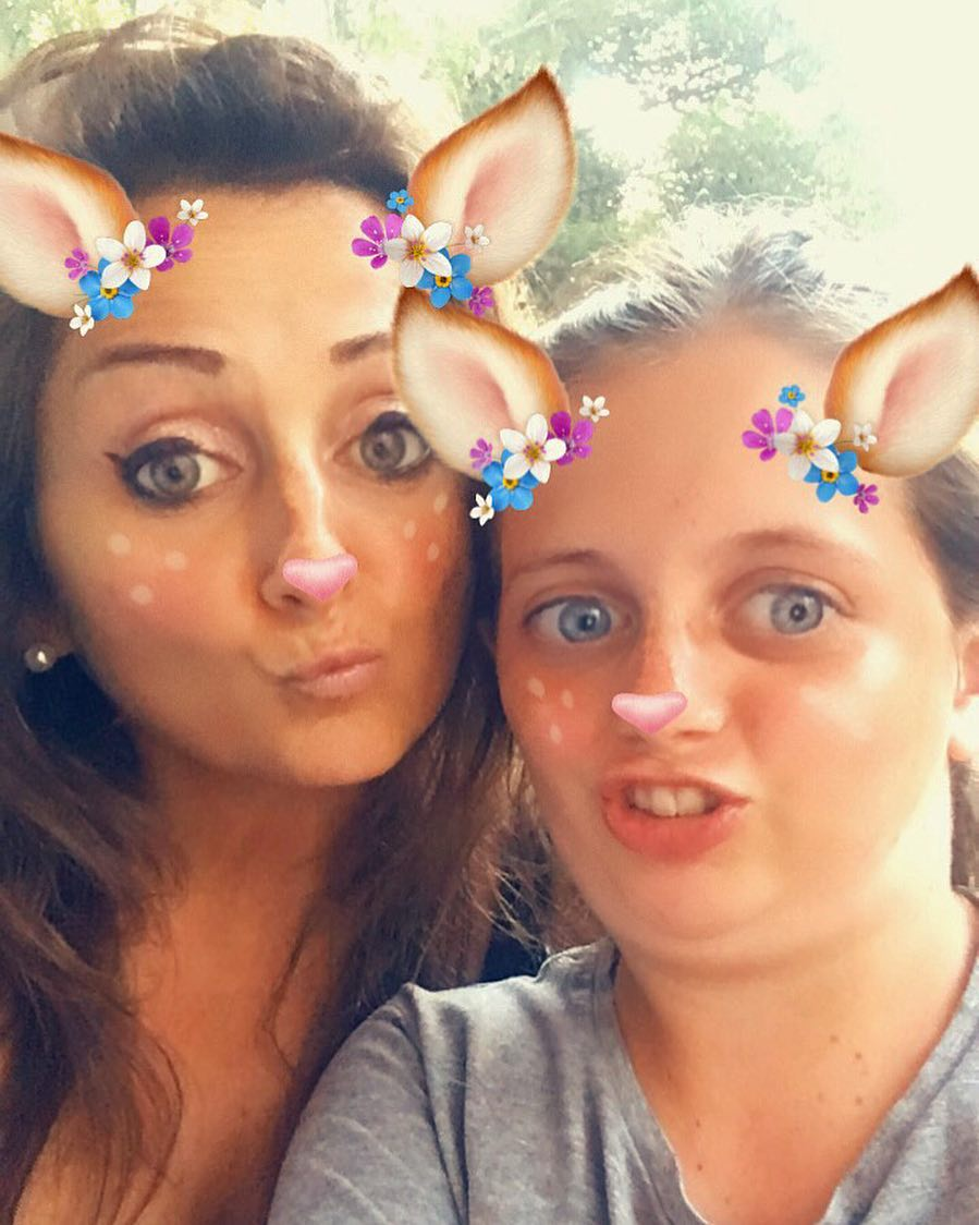 JOYEUX ANNIVERSAIRE TONTON ?? JOYEUX ANNIV' BRO ? Carla et sa collection de Snap grimaces  ________________ #snapchat #snapface #montpellier #pintademontpellier #snapgrimace #birthay #happybirthday #brothers #family