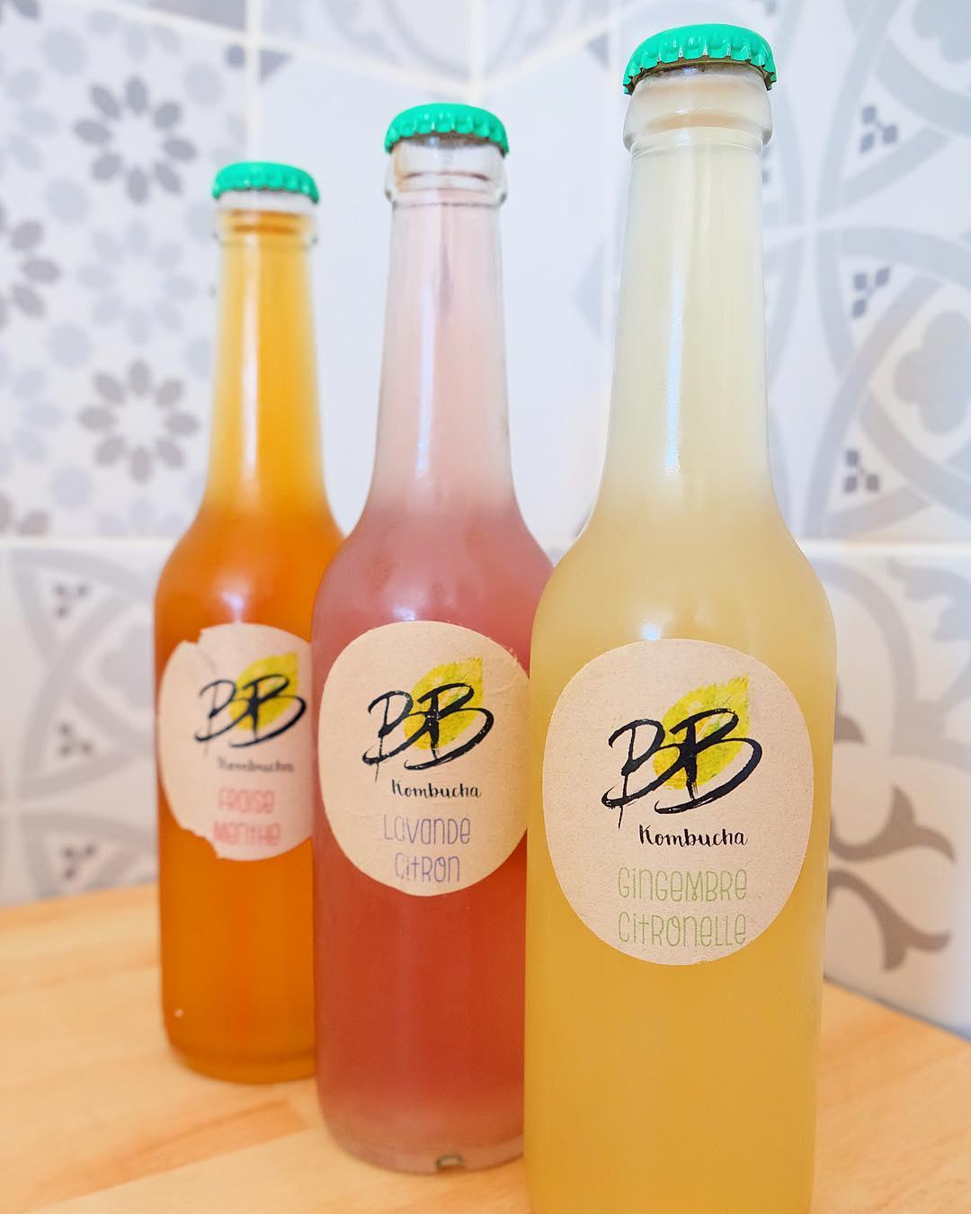 〰 FIERTÉ 〰 Une nouvelle boisson Made in Montpellier ? .  Le thé pétillant et bienfaisant ??Frais et Bio parfait pour l'été ! @bbkombucha.fr made in Grabels ! . ➕ BB KOMBUCHA • boisson made in Montpellier . ??? Article sur le blog {lien dans ma bio}  ___________________ #boisson #kombucha #kombuchatea #kombuchalove  #kombuchalife #tea #drink #vegan #bio #vegetarianfood #veganfood #healthy #healthylife #blogfood #foodblog #foodporn #foodblogger #montpellier #madeinmontpellier #pintademontpellier