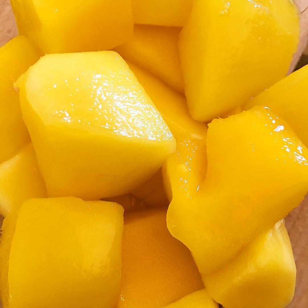 Les vacances c'est fini ! Reprise avec du pep's... et comme une envie de tuer tout le monde... Écartez-vous !  ____________ #passionMango #holidays #mango #fruits #healthylife #healthyfood #health #montpellier #blogger #pintademontpellier