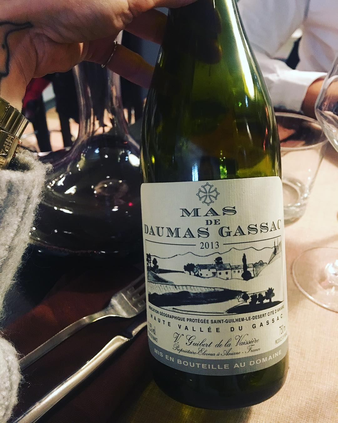 Petits plaisirs ❤️ Mas de Daumas Gassac . ➕ Le Tonneau Rouge • restaurant . ? ANIANE (34)?? . ________________ #restaurant #tonneaurouge #aniane #fooding #food #blogfood #foodlover #foodblogger #montpellier #pintademontpellier