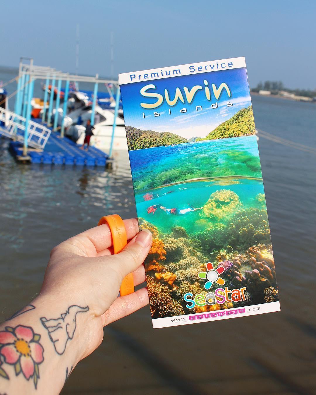 C'est parti baby ! Snorkeling ???♀️????? . . ⛴______ ➕ l  Les îles SURIN . ? | Khao Lak • Côte Ouest Thaïlande . ? | #PintadeThailande ? | Thaïlande Nord & Côte Ouest ??? ______ #thailande #thailand #bangkok #kohphiphi#kohlanta #kohsamui #kohphangan #kohtao #khaolak #chiangmai #cityguide #cityTrip #travel #blogTravel #TravelBlog #bloggervoyage #voYage #blogVoyage #frenchBlogger #blogueuse #blog #montpellier #pintademontpellier #food #foodlover